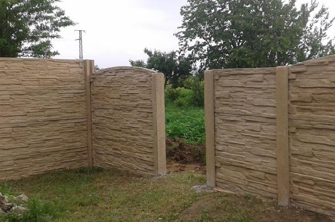 Bezzákladové betonové oplocení